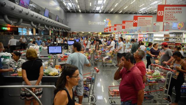 Mercado aumenta projeção para a inflação pela oitava vez