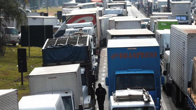 Regras do frete mínimo para caminhoneiros já estão em vigor