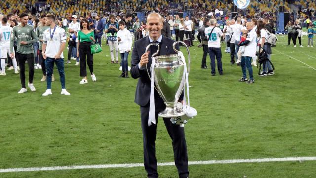 Zidane é o primeiro técnico a vencer três Champions seguidas