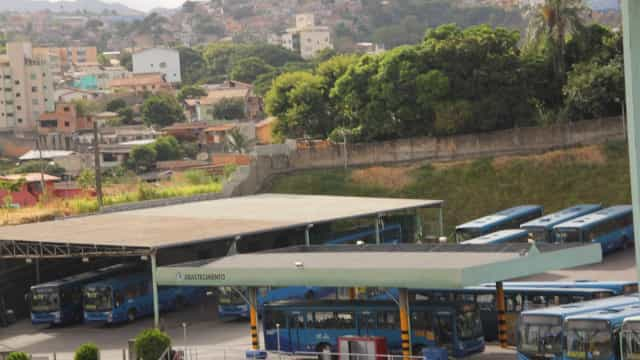 BH estuda decretar calamidade pública; ônibus são reduzidos