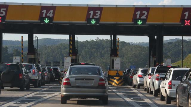 Estradas de SP terão reajuste de tarifa de pedágio neste domingo