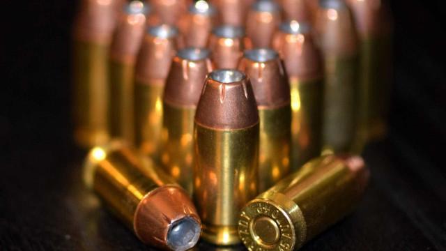 Polícia apreende carga com mais de mil projéteis de fuzil na Baixada
