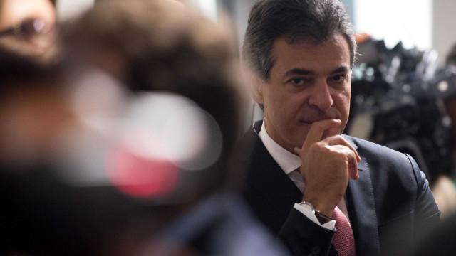 Presidente do STJ manda soltar ex-governador Beto Richa e irmão