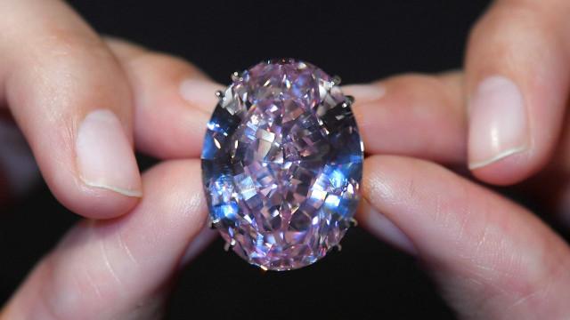 Veja quais são as 7 joias mais caras da história