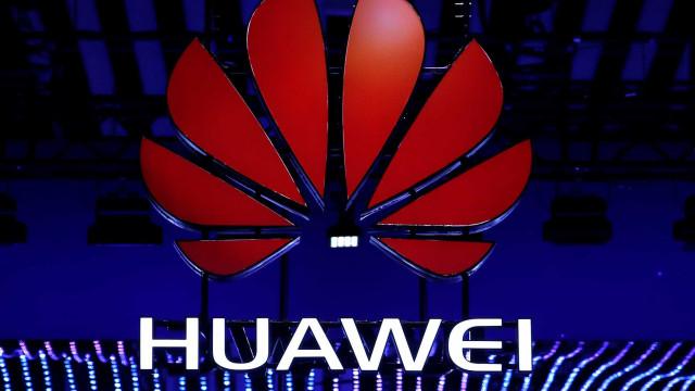 EUA relaxam restrições à companhia chinesa Huawei