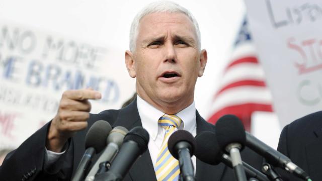 Vice-presidente dos EUA vai a abrigo de venezuelanos em Manaus