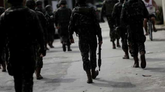 Exército inicia implantação de bases fixas para asfixiar garimpo em RR