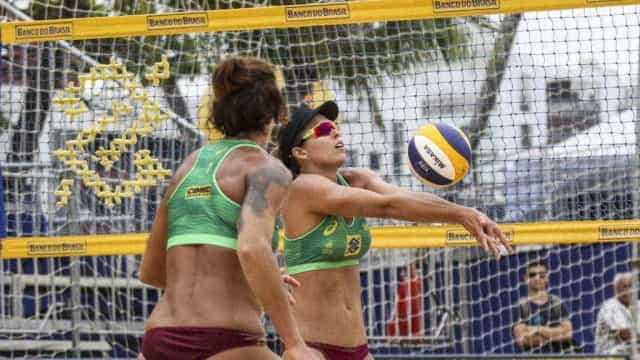 Brasileiras Josi e Lili garantem vaga nas semifinais da etapa chinesa