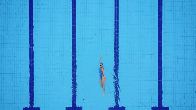 Nadadora francesa foi estuprada por colega de equipe durante três anos