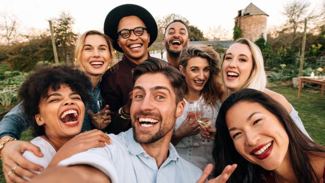 Apple pode estar criando novo tipo de selfies em grupo