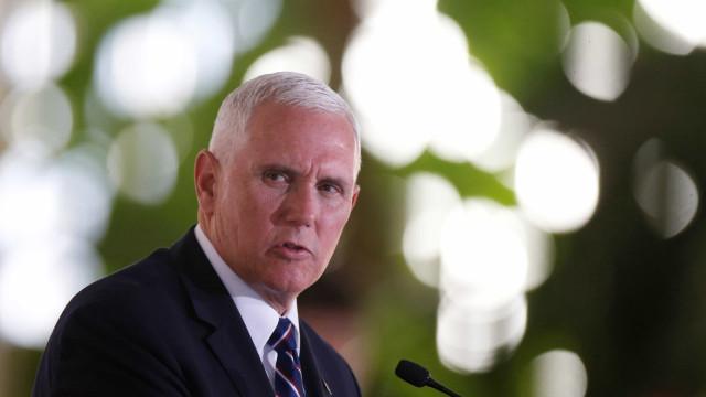 'Se não têm condições de imigrar legalmente, não venham', diz Pence