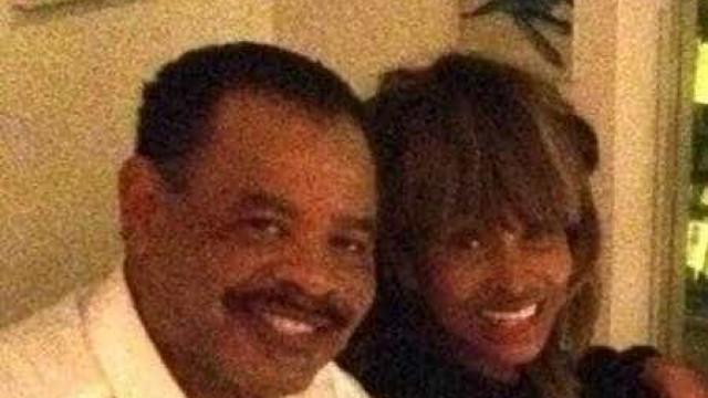 Filho de Tina Turner morre aos 59 com um tiro na cabeça, diz site