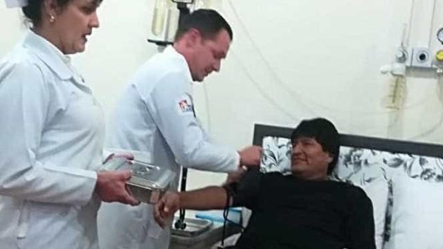 Evo Morales passa bem após cirurgia de emergência