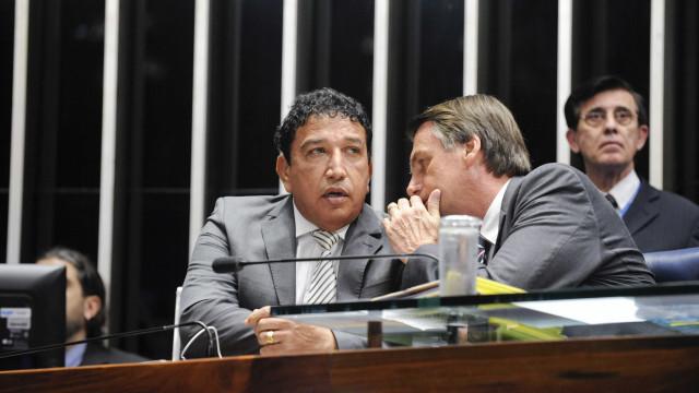 Não fiz campanha prometendo nada pra ninguém, diz Bolsonaro sobre Malta