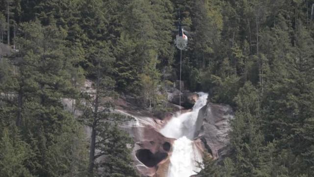 3 Youtubers morrem após queda de cascata no Canadá
