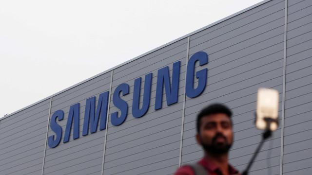 Samsung abre a maior fábrica de smartphones do mundo na Índia