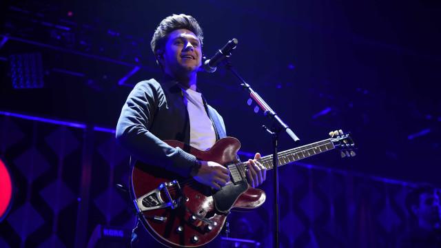 Niall Horan, do One Direction, faz show em São Paulo