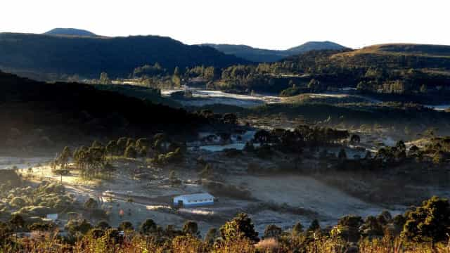 Santa Catarina registra temperaturas negativas e geada nesta madrugada