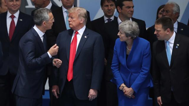 Cúpula da OTAN começa com críticas de Trump à Alemanha
