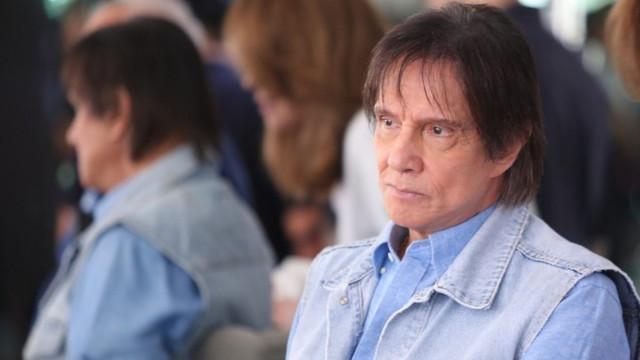 Roberto Carlos diz que Bolsonaro tem dificuldade em realizar promessas