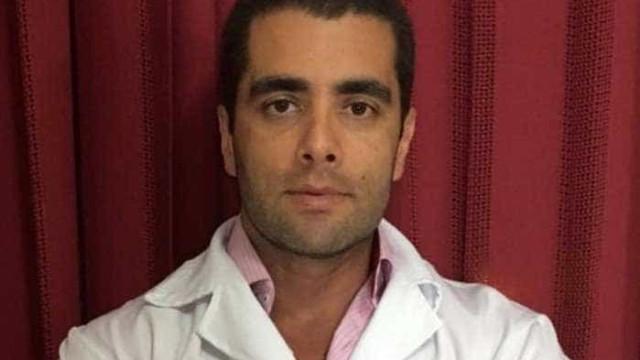 Acusado de homicídio, 'doutor Bumbum' é proibido de exercer Medicina