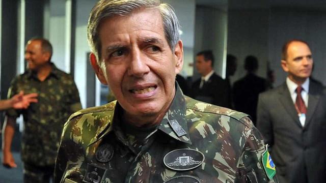'Se encontrar (Olavo) na rua nem vou reconhecer', diz Augusto Heleno