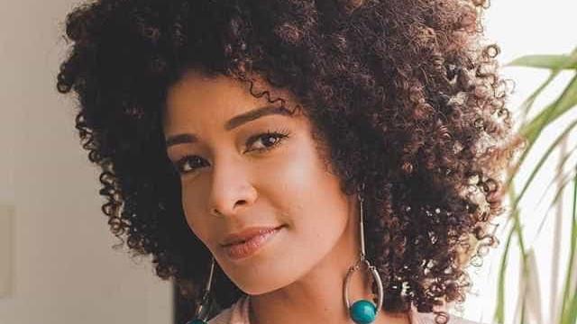Ex-apresentadora acusa Globo de racismo: 'Chibatadas contemporâneas'