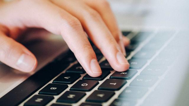 Internet não chega a 34% dos alunos da rede pública que fizeram Enem