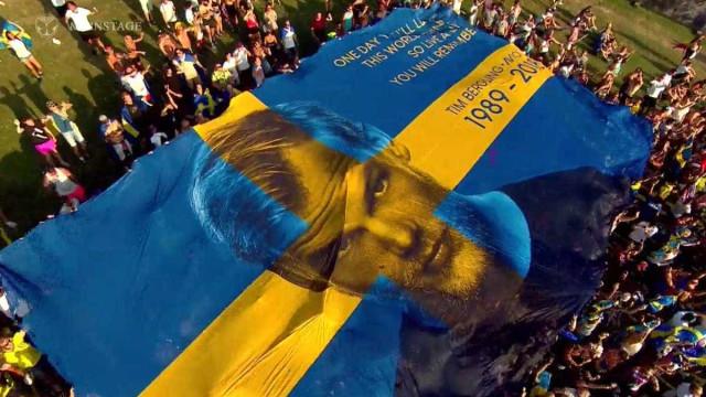 Tomorrowland tem homenagem a Avicii com bandeira e frase de música