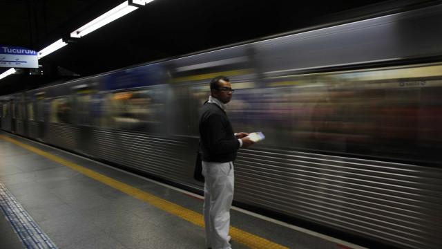Falha suspende circulação de trens na linha 4-amarela, em SP