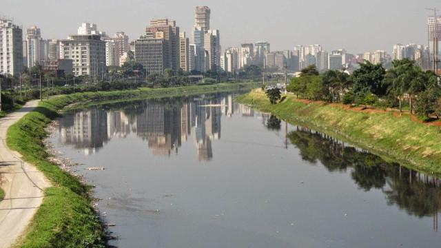 Corpo de mulher é encontrado no Rio Pinheiros, em São Paulo
