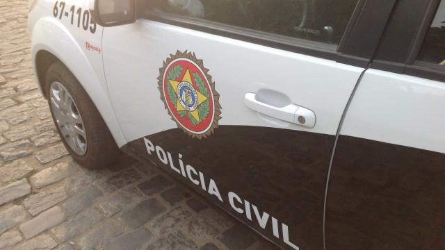Delegacia de Homicídios vai apurar morte do miliciano Ecko em van da polícia