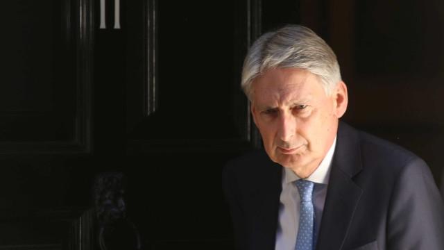 Reino Unido diz ser preciso novo plano econômico se não tiver Brexit