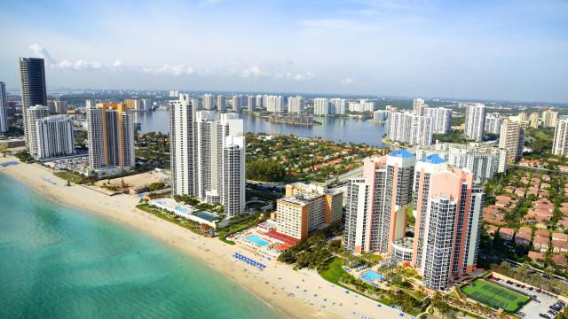 Dez cidades com mais turistas que habitantes locais