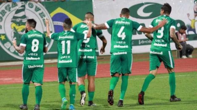 Goiás faz 3 a 0 e derruba invencibilidade de dez jogos do CSA