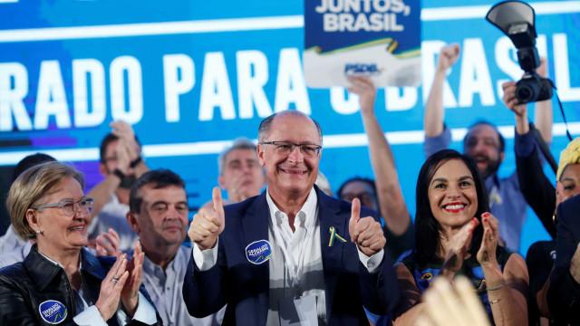 Partidos do centrão valorizam passe com caixa extra eleitoral