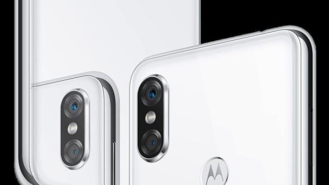Motorola é criticada nas redes sociais por copiar o iPhone X
