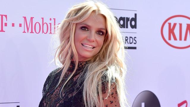 Britney Spears tranquiliza fãs sobre suposta internação forçada