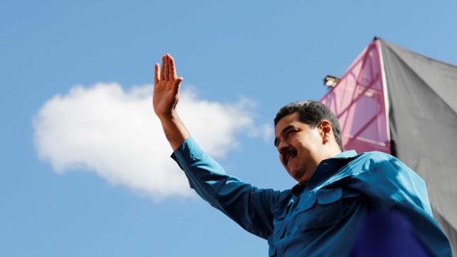 Maduro aumenta salário mínimo da Venezuela em 35 vezes