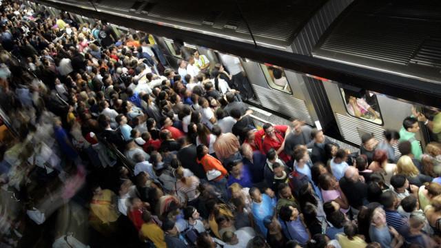 Mais da metade da população brasileira vive em 5% das cidades do país