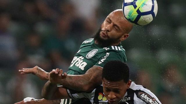 Felipe Melo perde prestígio no Palmeiras e vê renovação ameaçada