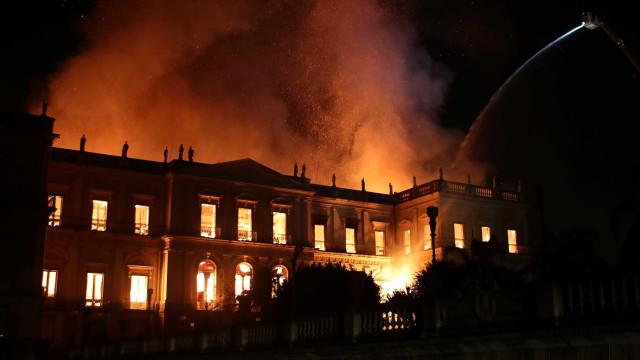 Múmia que 'provocava transe' nos anos 1960 foi consumida pelo fogo