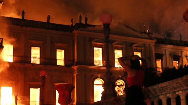 Incêndio no Museu Nacional começou no ar-condicionado do auditório