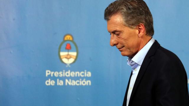 FMI aprova linha de crédito de US$ 56 bilhões para Argentina