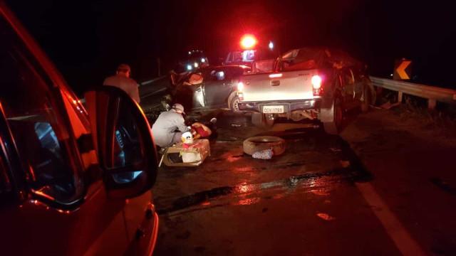 Cinco pessoas morrem e três ficam feridas em acidente em MG