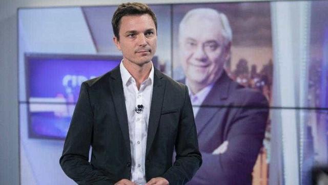 Morte de Marcelo Rezende faz 1 ano e fãs pedem filho dele na Record