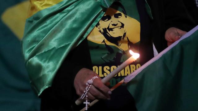Bolsonaro posta primeira foto após cirurgia em SP; veja