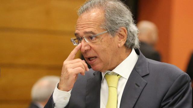 Paulo Guedes e Mourão visitam Bolsonaro em hospital após polêmicas