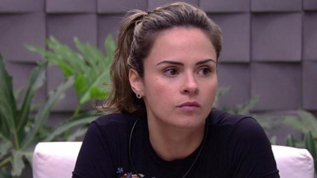 Britto Jr. opina sobre realities e troca farpas com Ana Paula Renault