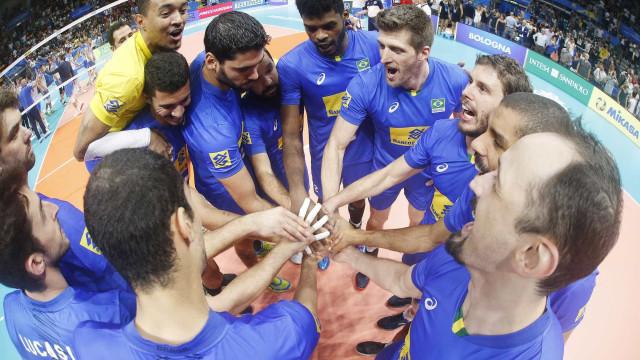 Classificado, Brasil vira sobre a Bélgica no Mundial